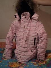 Продаю зимнюю куртку( Холофайбер)